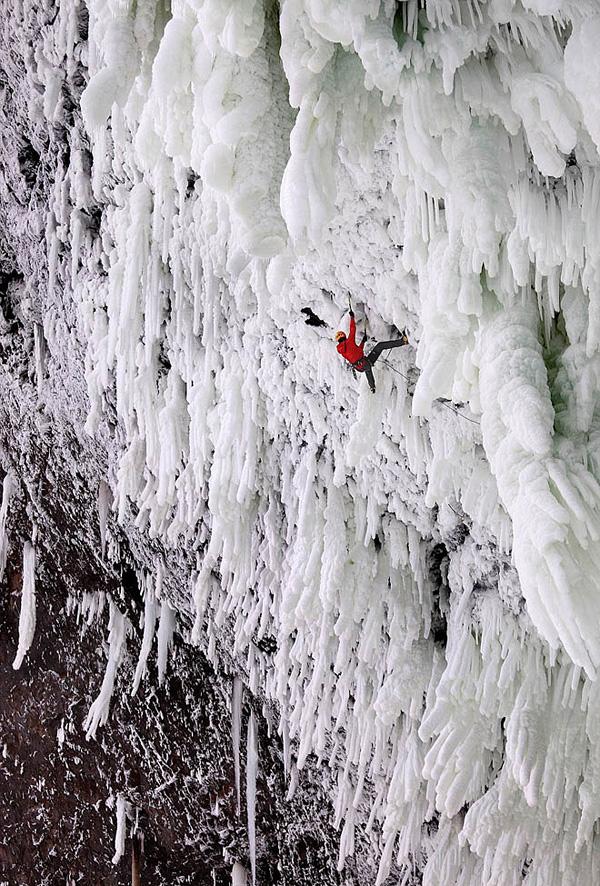 Замерзшие водопады