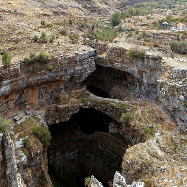 Водопад Глотка Баатары в Ливане