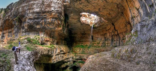 Водопад Глотка Баатары в Ливане (5 фото)