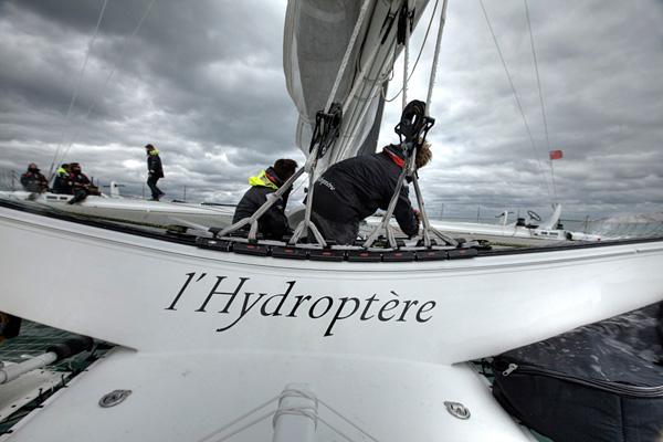 Самое быстрое парусное судно в мире Hydroptere