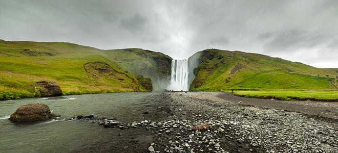 Исландский водопад Скоугафосс (13 фото)
