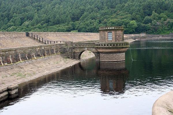 Водохранилище Ледибауэр в Англии