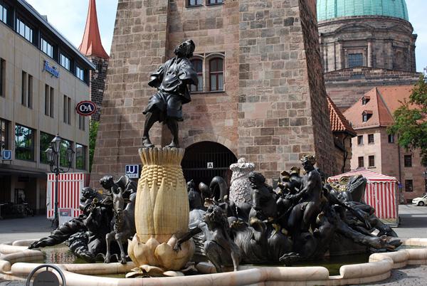 Фонтан Брачная карусель в Нюрнберге
