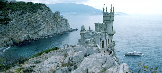 Замок Ласточкино гнездо (5 фото)