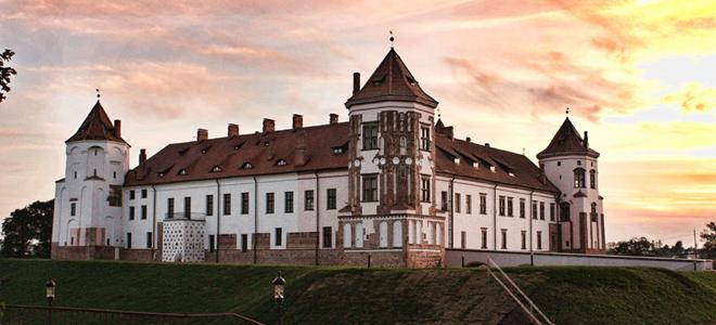 Старинные замки Белоруссии — наследство Радзивиллов.