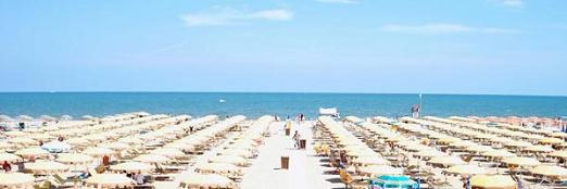 Песчаные пляжи на побережье Римини