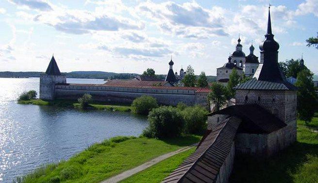 Ипатьевский монастырь и Троицкий собор в Костроме