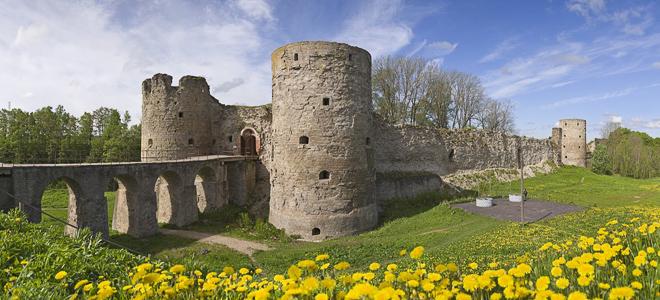 Копорская крепость — памятник русского средневекового оборонительного зодчества